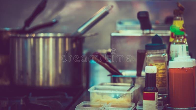 Cozinhando a preparação dos alimentos da cozinha dos mercadorias foto de stock royalty free