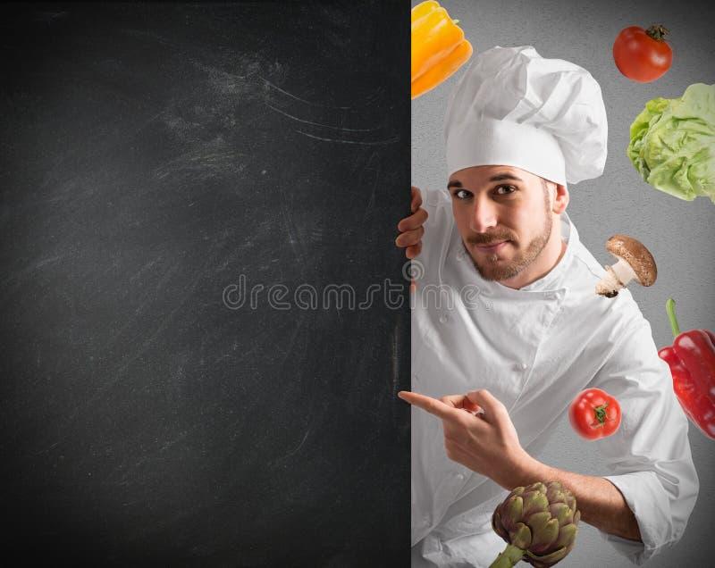 Cozinheiro chefe com quadro-negro
