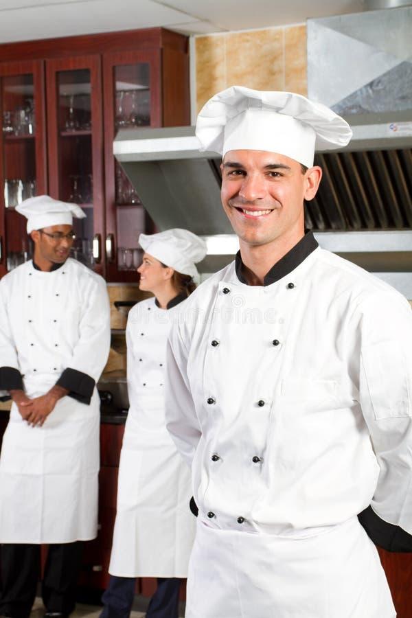 Cozinheiro chefe considerável imagem de stock royalty free