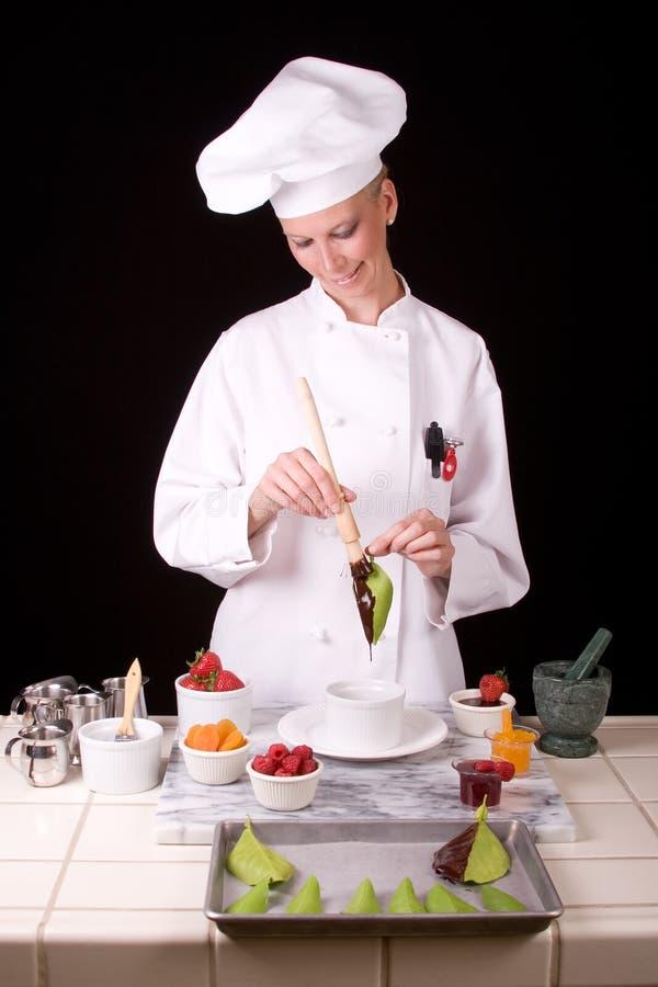 Cozinheiro chefe da pastelaria com folha imagem de stock royalty free