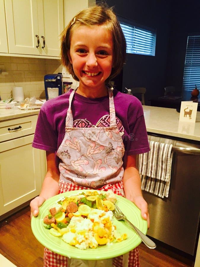 Cozinheiro pequeno orgulhoso fotografia de stock