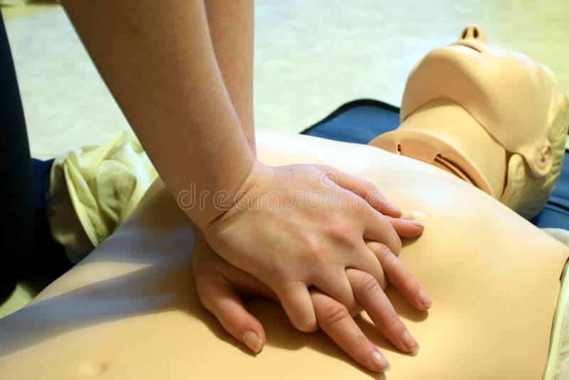 CPR dolly w akci zdjęcia royalty free