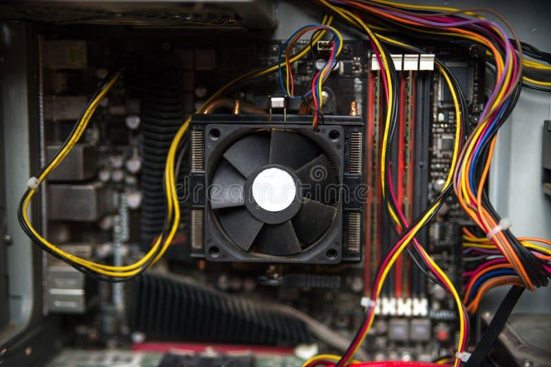 CPU-kylare på computer&en x27; s-moderkort Slapp fokus royaltyfria bilder