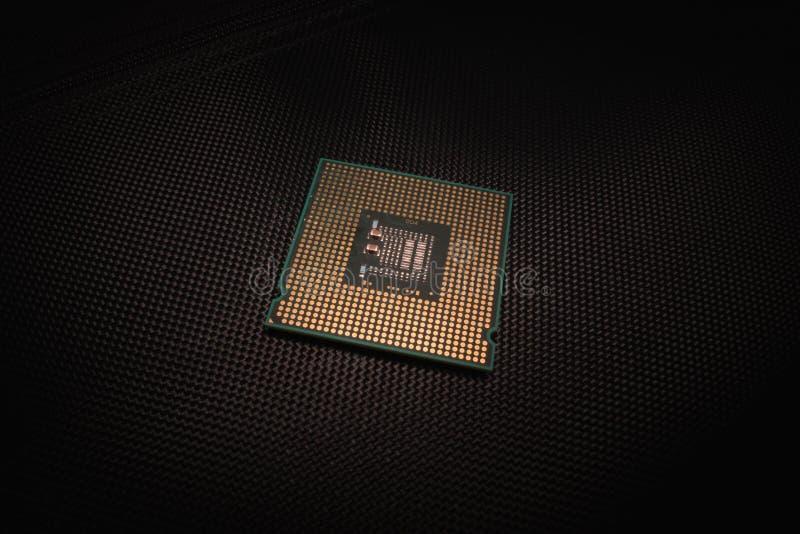 CPU o unità centrale di elaborazione su fondo nero immagini stock libere da diritti