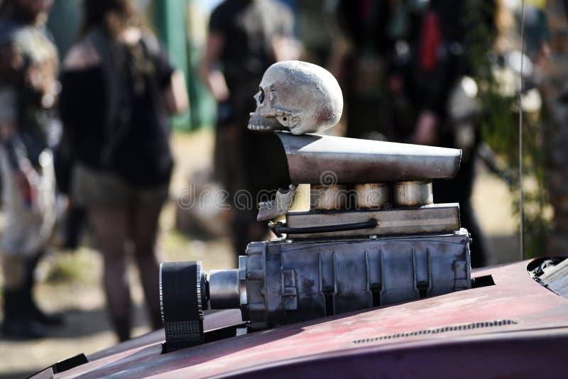 Cráneo apocalíptico del poste imagen de archivo