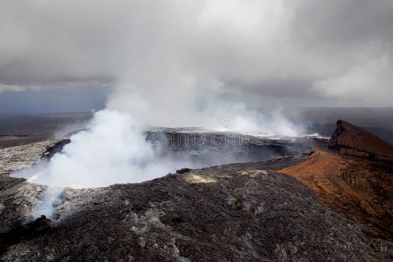Cráter de Halemaumau en Kilauea foto de archivo libre de regalías