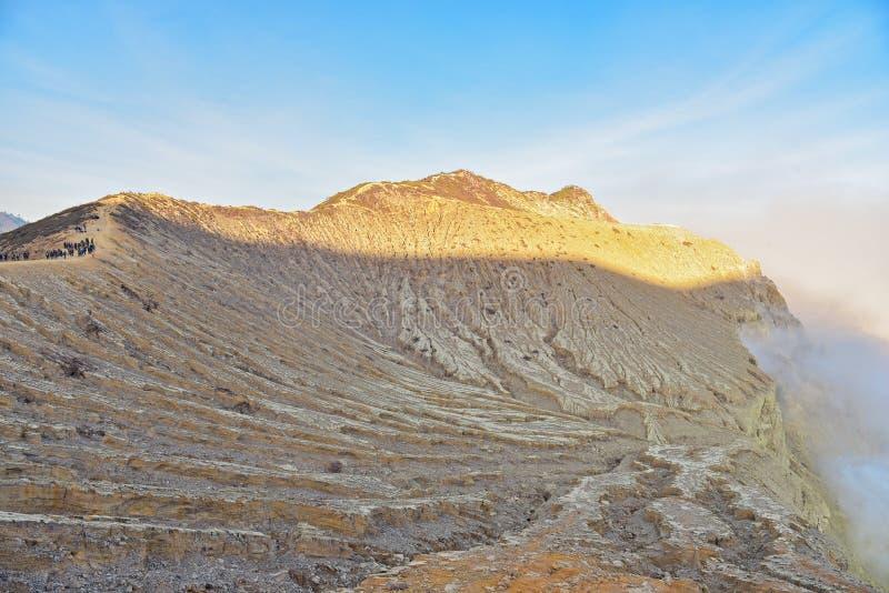 Cráter de Kawah Ijen en Java Oriental fotos de archivo