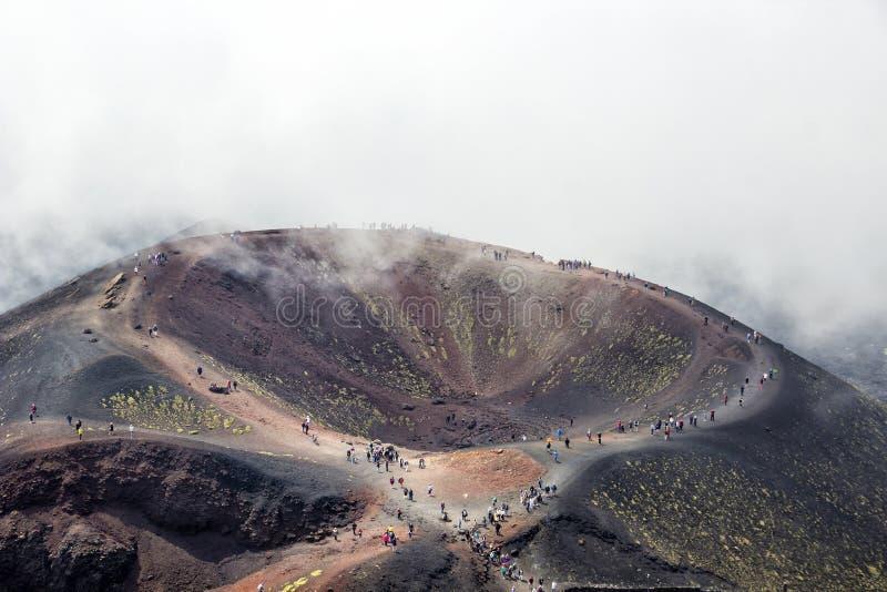 Cráter de Silvestri del volcán del Etna, Sicilia, Italia imagenes de archivo