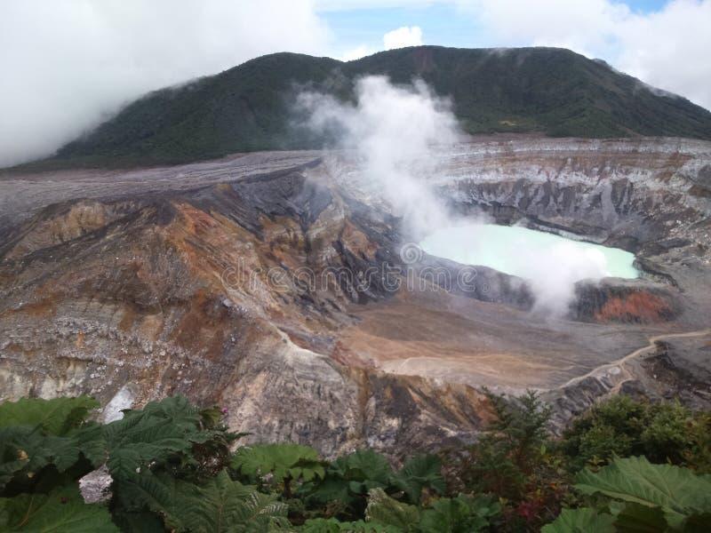Cráter del Poas Volcano Costa Rica fotos de archivo libres de regalías