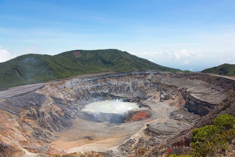 Cráter del volcán de Poas, Costa Rica foto de archivo