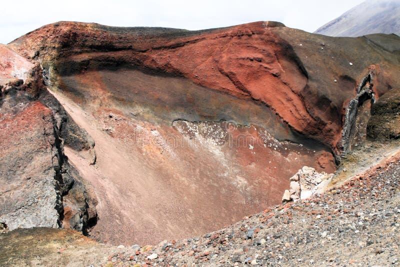 Cráter rojo, parque nacional de Tongariro, Nueva Zelandia fotografía de archivo