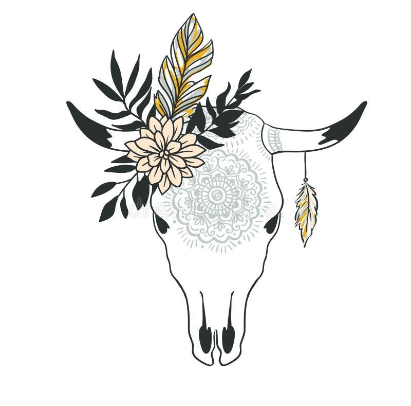 Crâne tiré par la main de vache avec l'ornement, la fleur, les feuilles et la plume illustration stock
