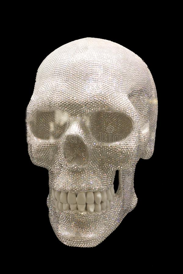 Crânio com os cristais de Swarovski no fundo transparente do png foto de stock