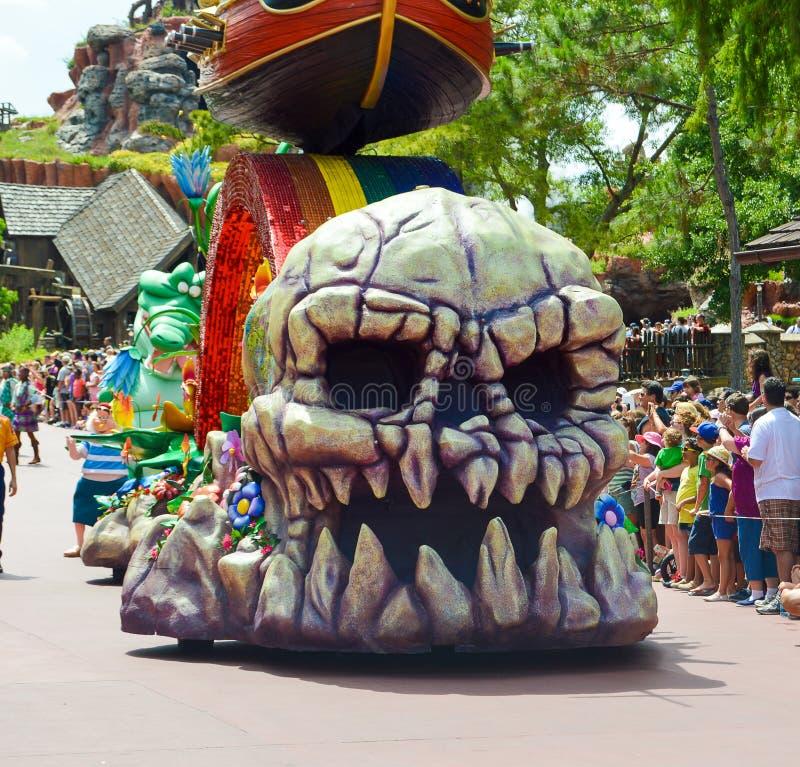 Crânio do flutuador de Peter Pan no festival da parada da fantasia imagens de stock