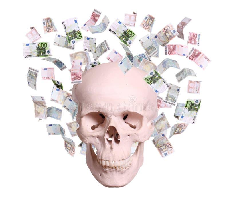 Crânio na chuva dos euro imagem de stock royalty free
