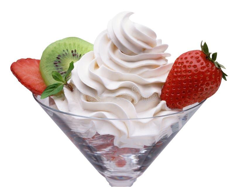 Crème et fraise photographie stock