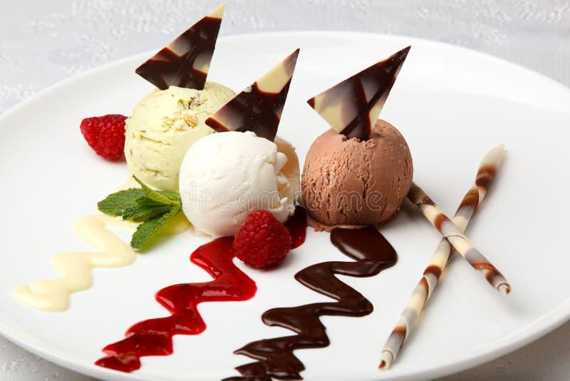 Crème glacée assaisonnée par gourmet image stock