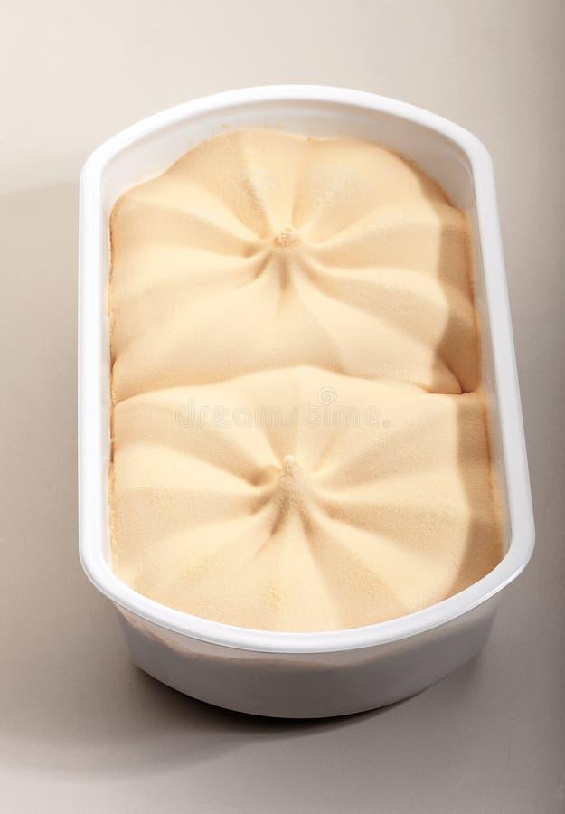 Crème glacée dans la boîte photographie stock
