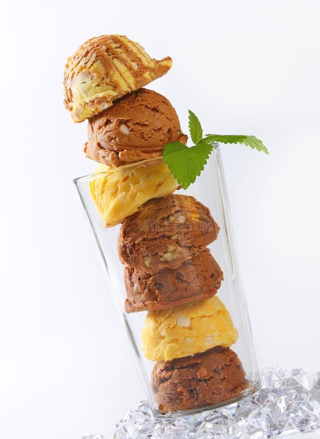 Crème glacée en verre grand photos libres de droits