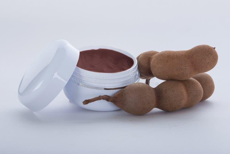 Crème hydratante extraite à partir du tamarinier photos libres de droits
