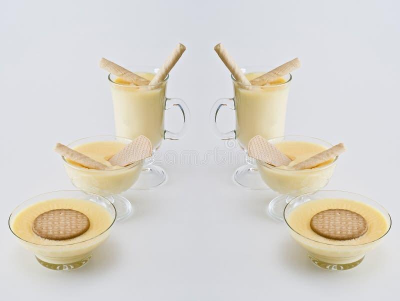Crème pour le dessert. photos stock