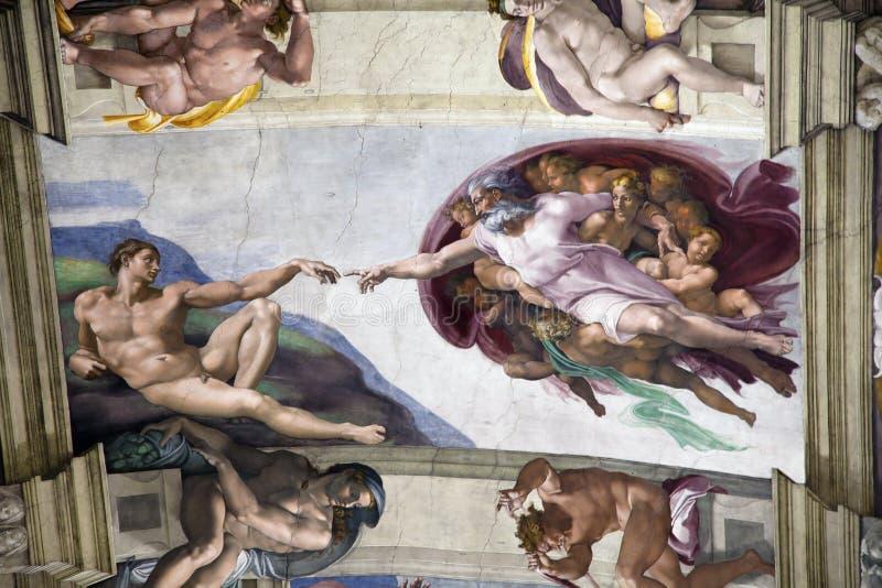 Création d'Adam dans la chapelle de Sistine photo stock