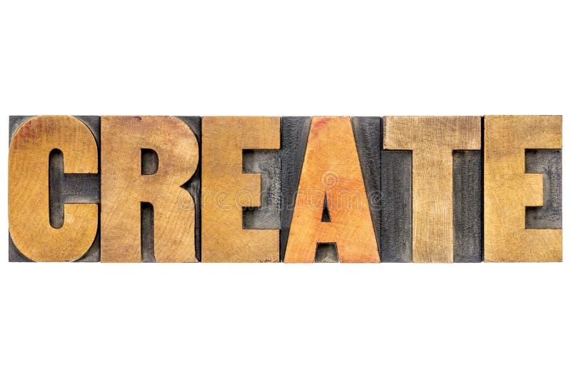 Créez la typographie de mot dans le type en bois photos libres de droits