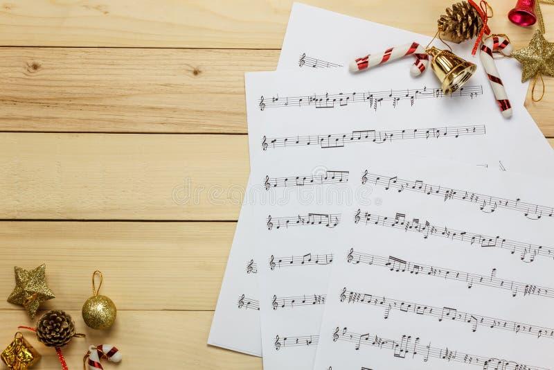 Créez le papier de note de feuille de musique par me Feuille de musique de vue supérieure pas images stock
