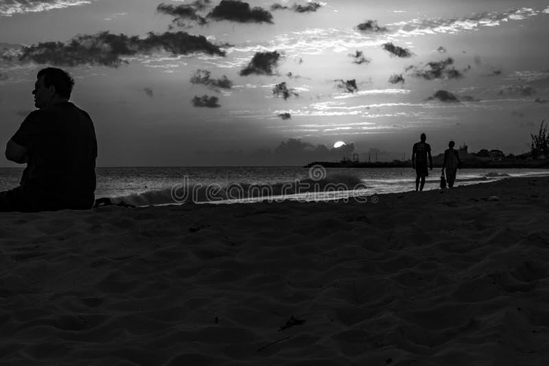 Crépuscule chez Carlisle Bay Barbados 3 image stock