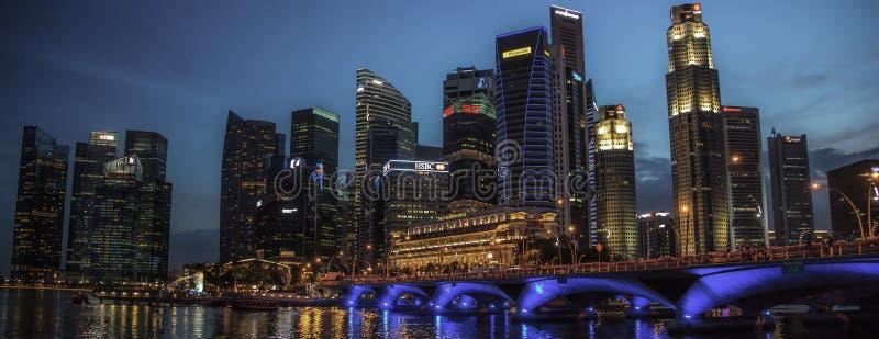 Crépuscule d'horizon de ville de Singapour Malaisie photos libres de droits