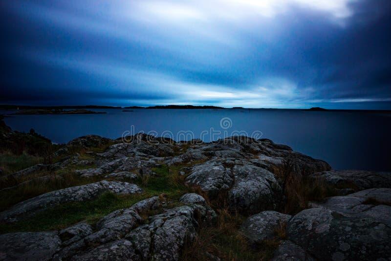Crépuscule dans l'archipel image libre de droits