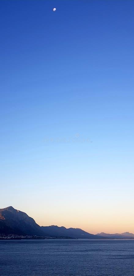 Crépuscule de Hermanus photographie stock libre de droits