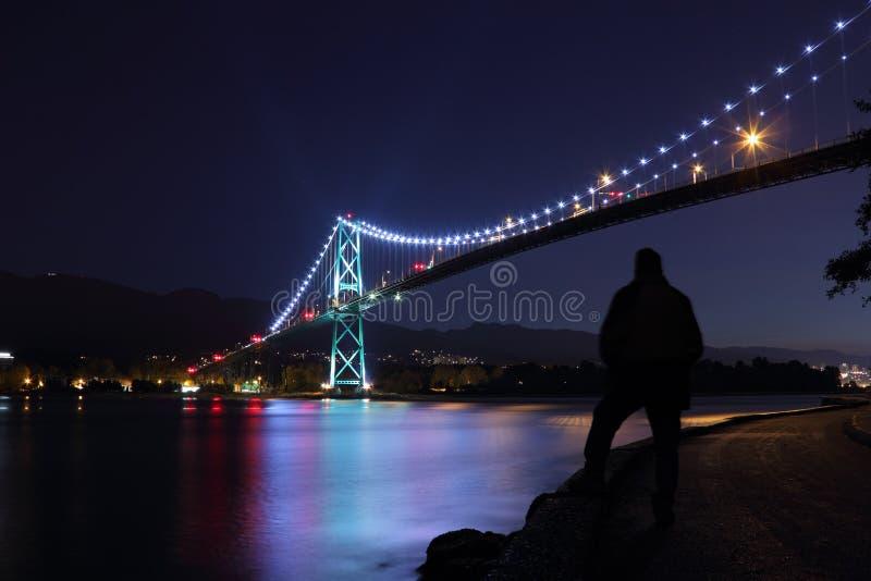 Crépuscule de pont en porte de lions, Vancouver image stock