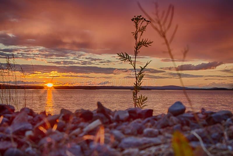 Crépuscule en Finlande images stock
