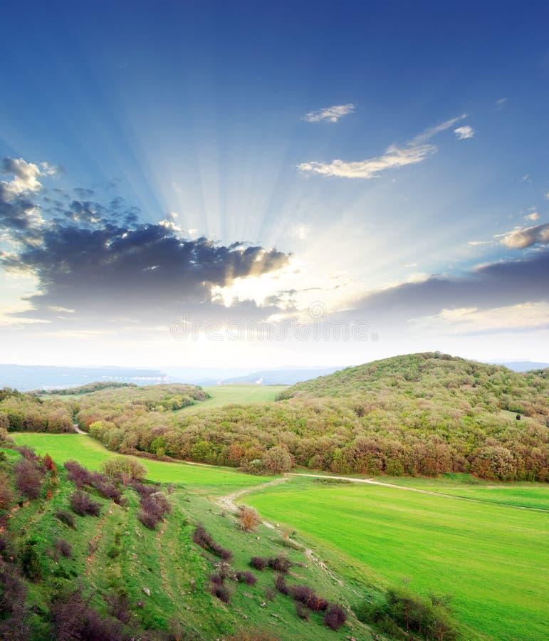 Crépuscule en montagne image libre de droits