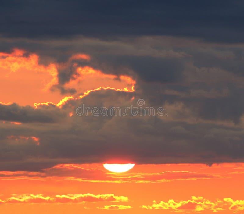 Crépuscule orange photo stock