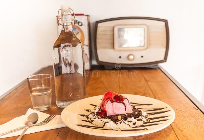 Crême glacée rose photographie stock libre de droits