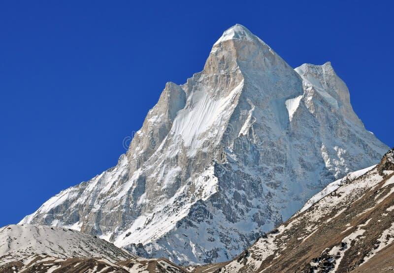 Crête de montagne de Shivling image libre de droits