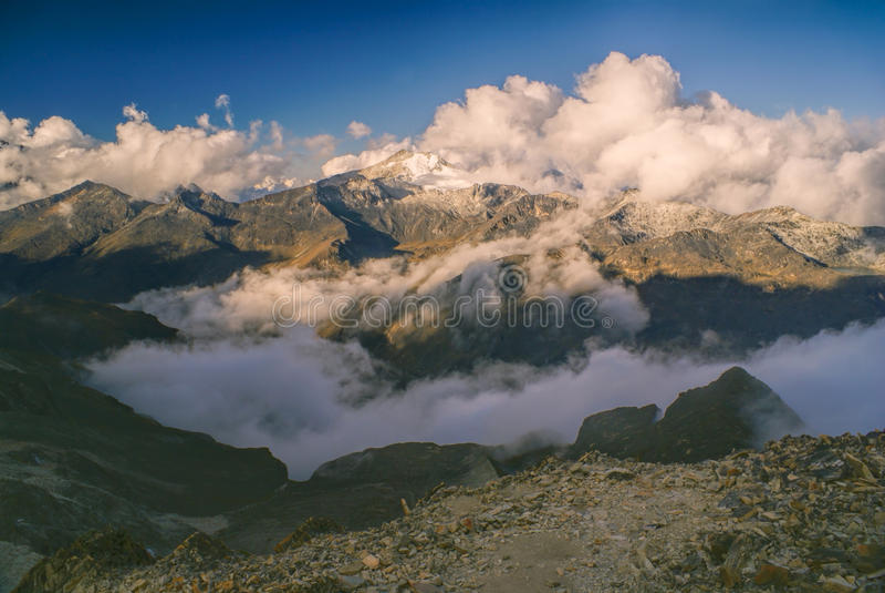 Crêtes dans les Andes images stock