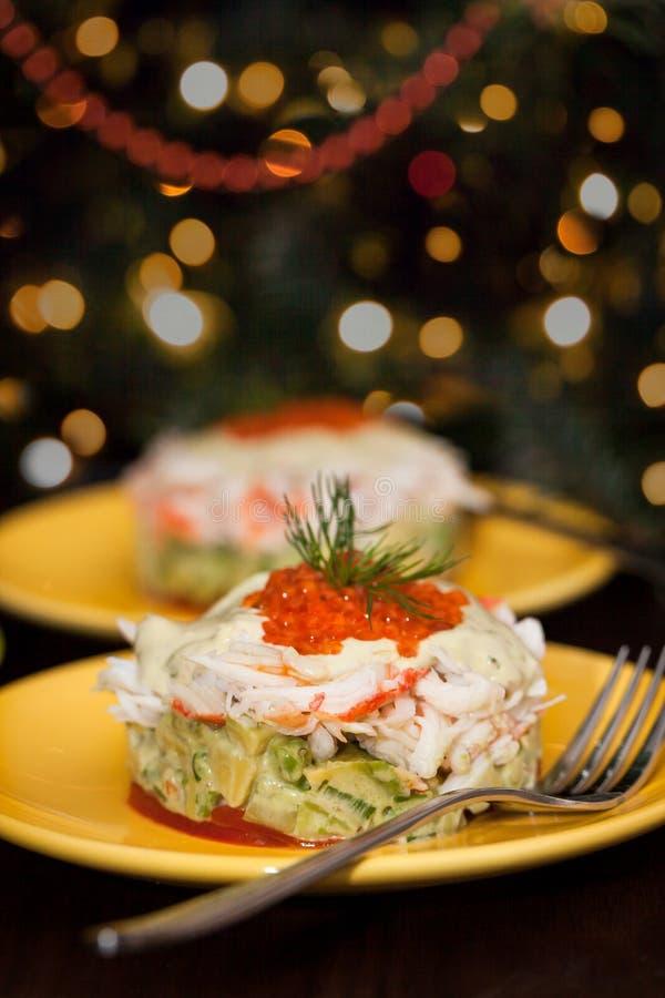 Crabe, avocat et salade de caviar rouge, menu Holiday photo libre de droits