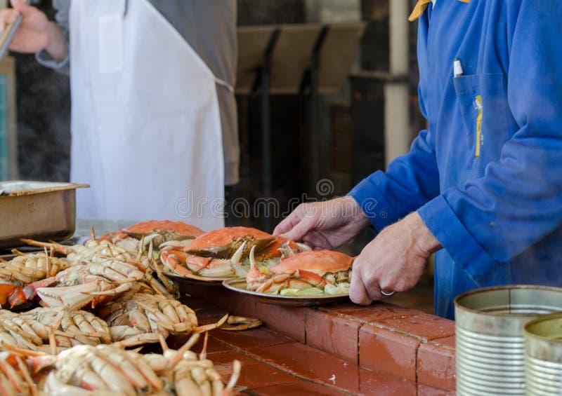 Crabes faisant cuire au pilier 39 San Francisco images libres de droits