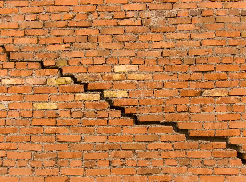 how to fix cracks in cement rendered walls