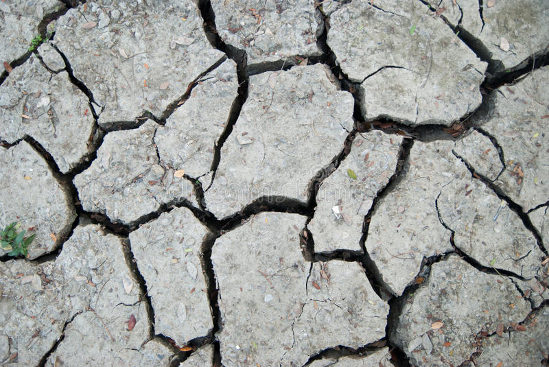 Download Cracked Clay Ground Into The Dry Season Stock Image - Image: 28856141