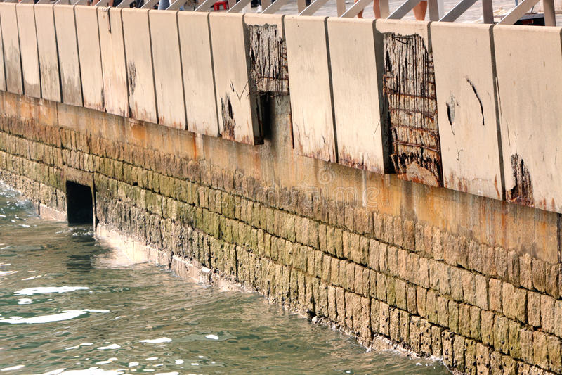 Download Cracked Wall stock photo. Image of destruction, danger - 21801312