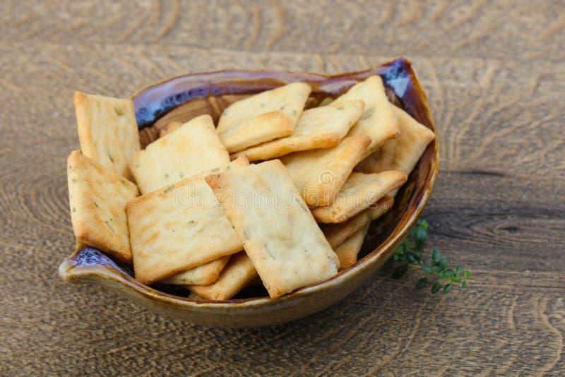 Crackers in de kom royalty-vrije stock afbeeldingen