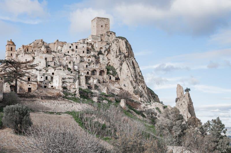 Craco, η πόλη-φάντασμα κοντά σε $matera, η πόλη των πετρών Craco διάσημο στον κόσμο για τη χρησιμοποίηση στις ταινίες και τη διαφ στοκ εικόνα