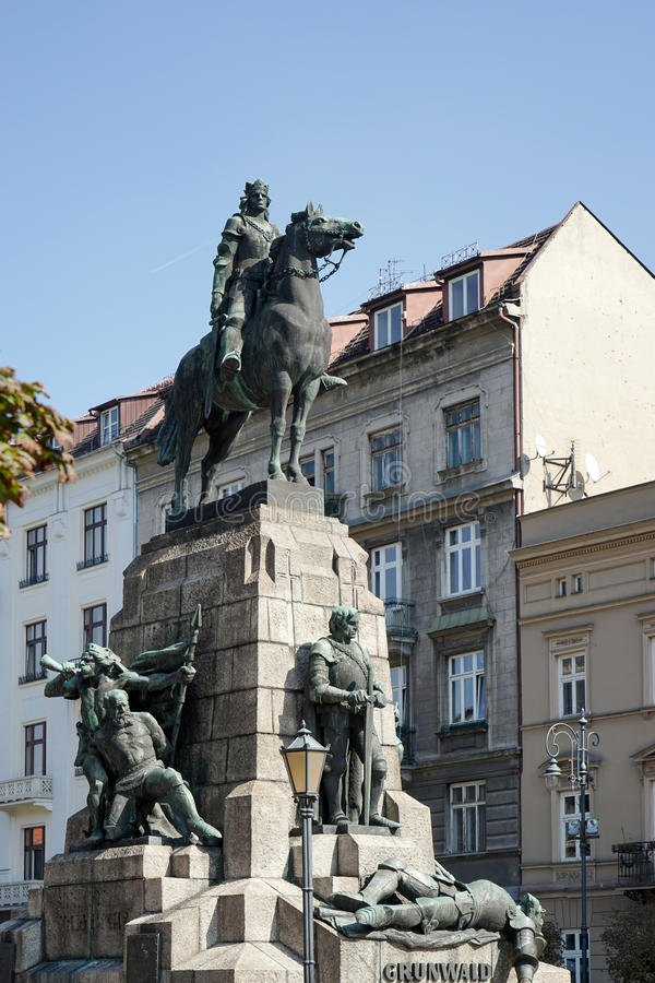 CRACOVIA, POLAND/EUROPE - 19 SETTEMBRE: Statua di Grunwald a Cracovia fotografie stock libere da diritti