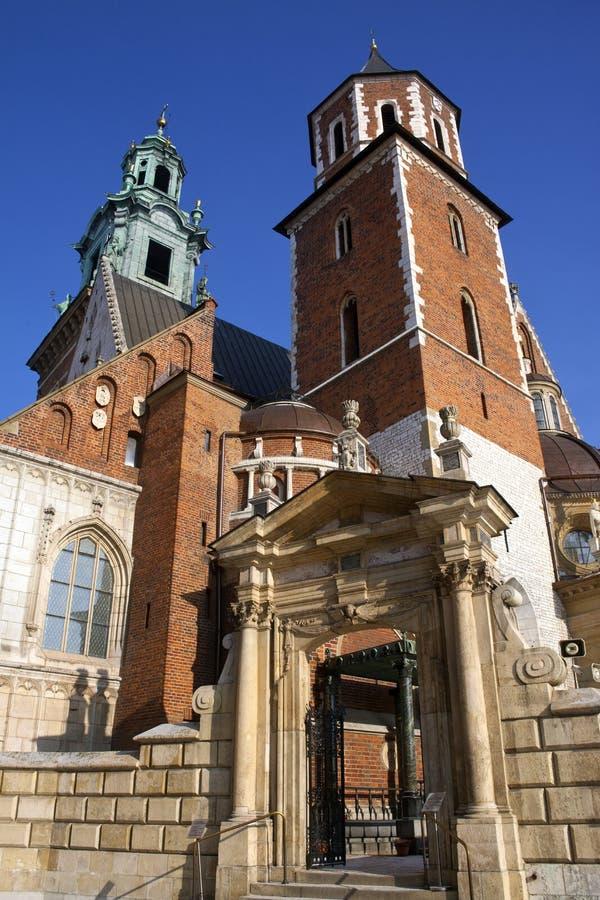 Cracovie - cathédrale royale - côte de Wawel - Pologne photo stock