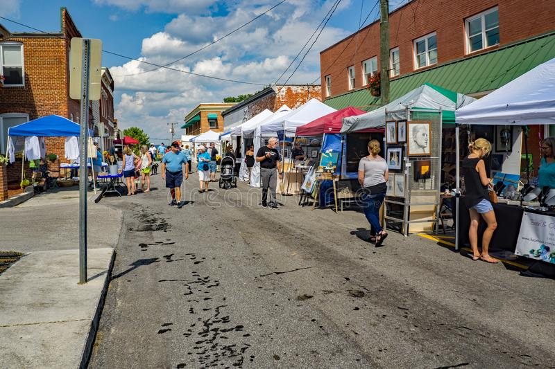 Crafters at the 50th Annual Fincastle Art and Craft Festival. Botetourt County, VA – September 21th: Crafters selling homemade items at the 50th Annual stock image
