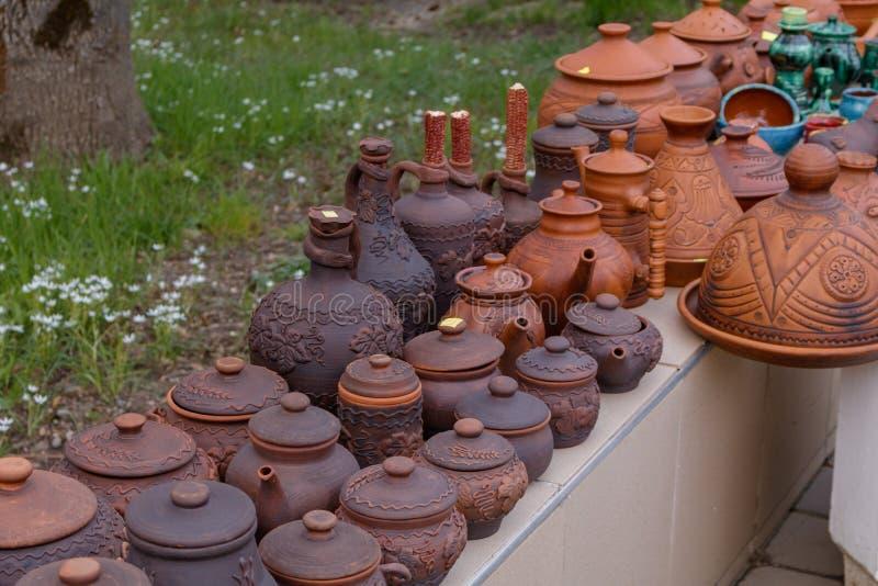 Craftsmen& x27 de poterie ; produits de s photos stock